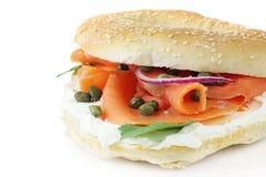 Het gerookte Ongezuurde broodje van de Zalm Royalty-vrije Stock Afbeelding