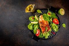 Het geroosterde filethaakwerk van het zalmlapje vlees Stock Foto