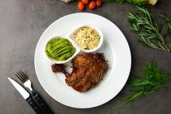 Het geroosterde lapje vlees van de kippentrommelstok stock afbeelding