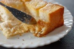 Het gesneden brood bakt gegeten tijdens onderbrekingen Stock Afbeeldingen