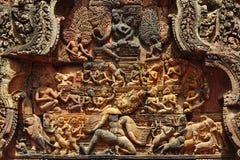 Het gesneden fronton van Kambodja Angkor Banteay Srey Royalty-vrije Stock Afbeelding