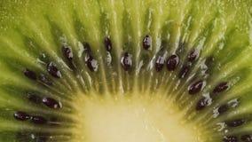 Het gesneden Fruit van de Kiwi stock video