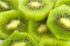 Het gesneden Fruit van de Kiwi Royalty-vrije Stock Afbeeldingen