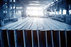 Het gestapelde staal van de staalfabriek royalty-vrije stock afbeelding