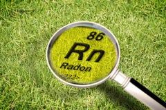 Het gevaarlijke radioactieve radongas onder de grond - concept i royalty-vrije stock afbeelding