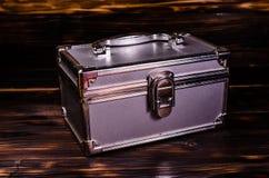 Het geval of de juwelentoebehorendoos van de aluminiumsamenstelling royalty-vrije stock fotografie