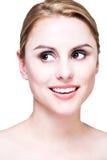 Het gezicht van de close-up van blonde schoonheid royalty-vrije stock afbeelding
