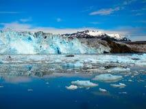 Het gezicht van een massieve gletsjer in Alaska Royalty-vrije Stock Foto's