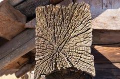 Het gezicht van het eind van een vierkant oud hout Royalty-vrije Stock Afbeeldingen
