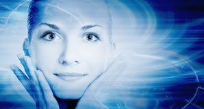 Het gezicht van het mooie cybermeisje royalty-vrije stock afbeeldingen