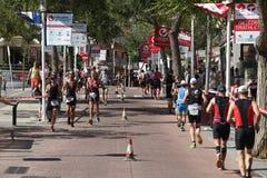 Het gezonde de oefening van de triatlon triathlete sport lopen Stock Fotografie