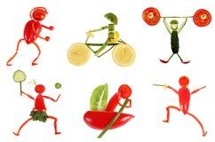 Het gezonde Eten Kleine grappige die mensen van groenten en fruit worden gemaakt royalty-vrije stock afbeelding