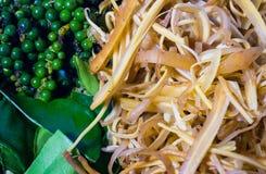 Het gezonde koken, aromatische kruiden voor het koken Royalty-vrije Stock Foto's