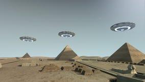 Het Giza-platform Egypte met sommige UFO royalty-vrije illustratie