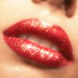 Het glanzen lippenmake-up Stock Afbeeldingen
