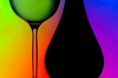 Het glas & de flessensilhouetten van de wijn Stock Foto