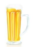 Het glas van de bar bier met schuim en flesjes Royalty-vrije Stock Fotografie