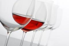 Het glas van Redwine stock afbeeldingen
