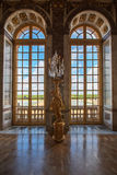 Het glasvensters van het luxepaleis in het paleis van Versailles, Frankrijk Royalty-vrije Stock Foto