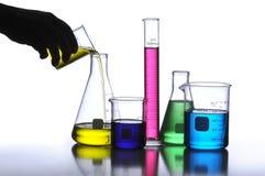 Het Glaswerk van het laboratorium stock afbeeldingen
