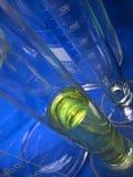 Het glaswerk van het laboratorium Stock Foto's