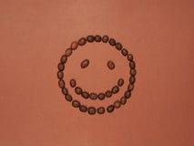 Het glimlachen gezicht van koffiebonen die wordt gemaakt Stock Fotografie