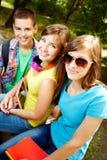 Het glimlachen tienerjaren Stock Foto