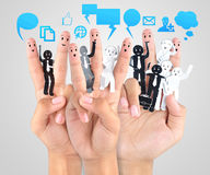 Het glimlachen van vinger voor symbool van bedrijfs sociaal netwerk stock foto's