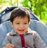 Het glimlachen van weinig jongen Stock Foto