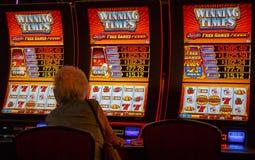 Het gokken, duidelijk met het winnen 777 WINSTEN royalty-vrije stock afbeeldingen