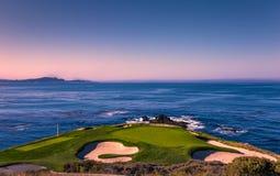 Het golfcursus van het kiezelsteenstrand, Monterey, Californië, de V.S. stock foto's