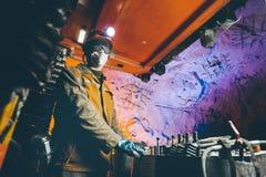 Het goud van de mijnwerkers ondergrondse mijnbouw Royalty-vrije Stock Afbeelding