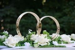 Het goud van ringen Royalty-vrije Stock Afbeeldingen