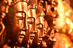 Het gouden hoofd van Boedha schikte selectieve nadruk Stock Fotografie