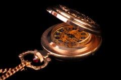 Het gouden horloge van dames Royalty-vrije Stock Afbeeldingen