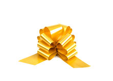 Het gouden lint van de gift dat op wit wordt geïsoleerde Stock Foto's