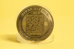 Het gouden Muntstuk van Titaanbitcoin Royalty-vrije Stock Afbeeldingen