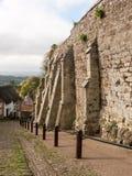 het gouden plattelandshuisje van de de gangweg van heuvel shaftesbury mooie oude Engeland stock afbeelding
