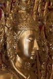 Het gouden standbeeld van Boedha. Royalty-vrije Stock Afbeeldingen