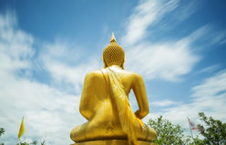 Het gouden standbeeld van Boedha bij Khao-de Tempel Tak, Thailand van La Num Royalty-vrije Stock Foto