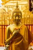 Het gouden Standbeeld van Boedha in Doi Suthep Temple Stock Foto