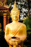 Het gouden Standbeeld van Boedha in Vientiane, Laos Stock Foto