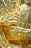 Het gouden standbeeld van handboedha Stock Afbeeldingen