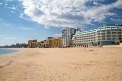 Het Gouden Zand van de de zomertoevlucht dichtbij Varna, Bulgarije Royalty-vrije Stock Fotografie