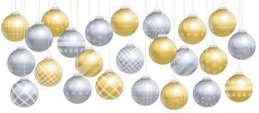 Het Gouden Zilveren Assortiment van Kerstmisballen Stock Afbeelding