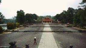 Het graf van Vietnam van de Keizer in Hue The Unesco Heritage stock footage
