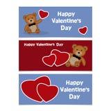 Het grappige beeldverhaal draagt welp met rood hart Gelukkige Valentijnskaarten Dag Bann Stock Fotografie