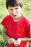 Het grijnzen portret van jongen Stock Afbeeldingen