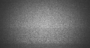 Het grijze, zwart-witte vhs glitch lawaai realistische trillen als achtergrond, analoog uitstekend TV-signaal met slechte statisc stock videobeelden