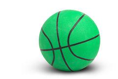 Het groene basketbal op witte achtergrond omvat weg Stock Foto